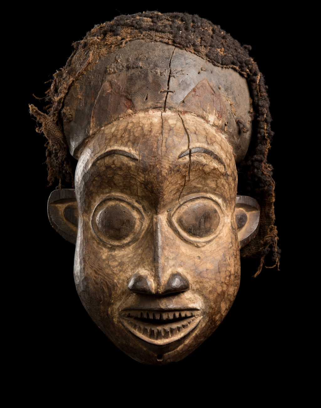 Bamoun, Cameroon Wood, human hair - height 48 cm Provenance: Old European Collection