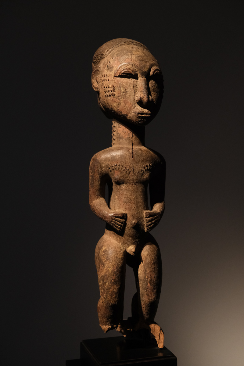 Baoule sculpture Ivory Coast  Wood H. 41 centimeters, Provenance: Private american collection NY  Price on request